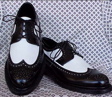 Men's Black & White Wingtip Swing Shoes