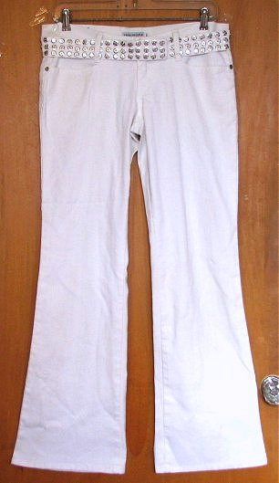 Mens White Bell Bottom Pants 5 Reviews Here disborunmaba.ga shows customers a fashion collection of current mens white bell bottom disborunmaba.ga can find many great items. They all have high quality and reasonable price.